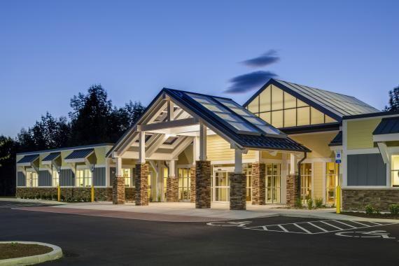 Photo tour st joseph internal medicine medical office for Office design exterior
