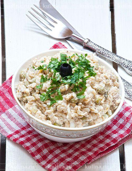 Салат из печени трески с рисом - рецепт с фото