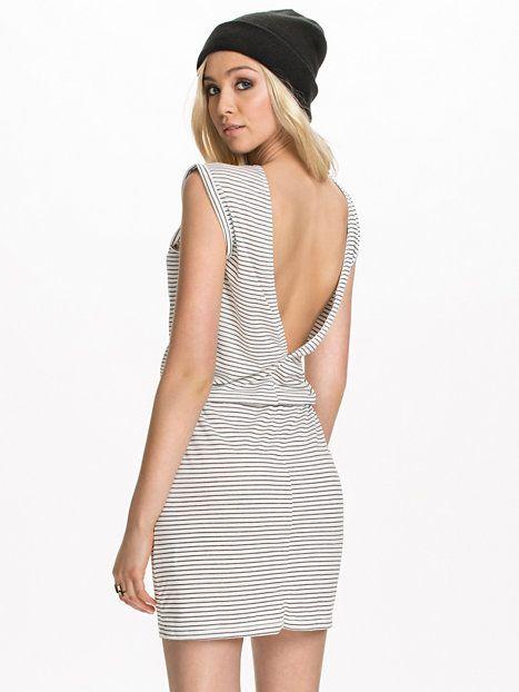 Voletta Camill Dress #mbyM #StripedDress