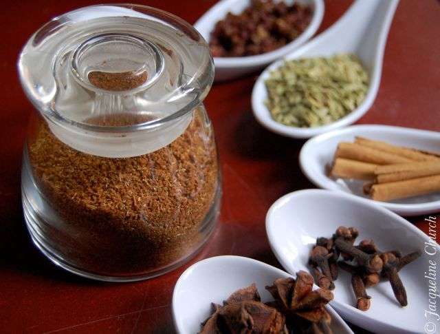 how to use five spice powder