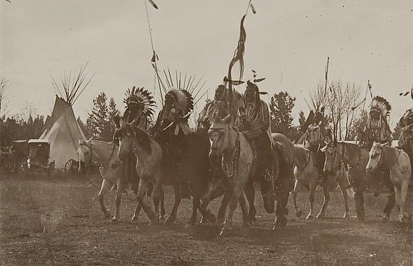 """Crow Fair, ca. 1910. Museum of Photographic Arts, San Diego (2003.003.046) 