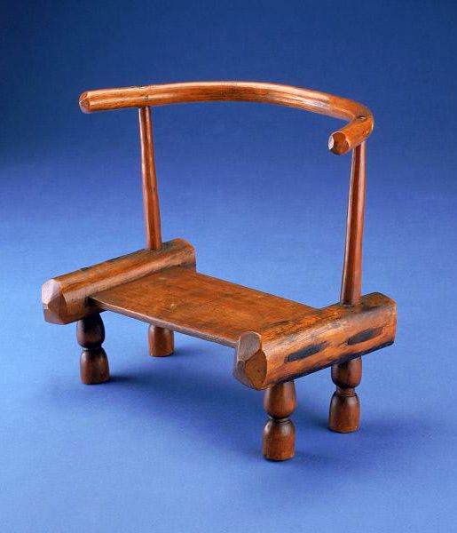 Africa | Chair from the Dan or Kru people of Ivory Coast | Wood | ca. mid 20th century