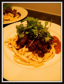 BRAISED BEEF & MUSHROOMS IN RED WINE WITH FETTUCCINE