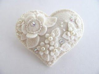 winter white DIY ornaments. Christmas; weddings; Valentine's Day; Mother's Day; ... fill with potpourri maybe! #feltornaments
