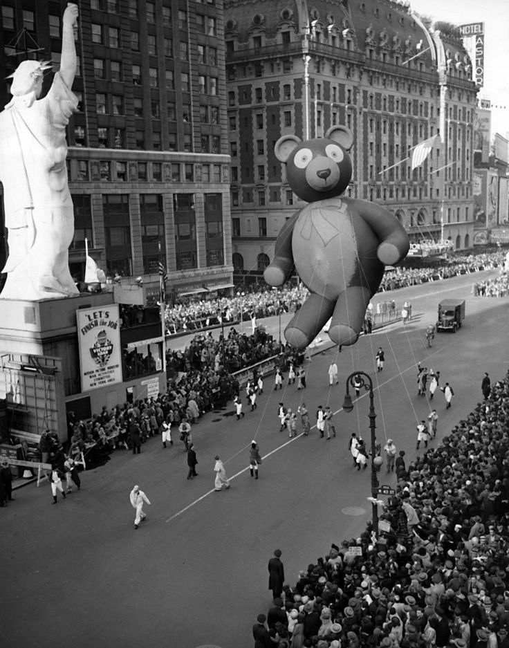The Macys Thanksgiving Parade Was Suspended During WWII From 1942 1944 Because Rubber And Helium