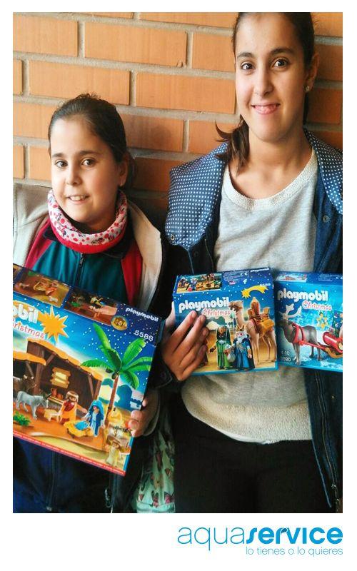 Así presumen de regalo las pequeñas de Gema, ganadora de uno de nuestros packs navideños. ¡Enhorabuena! #ganaconaquaservice