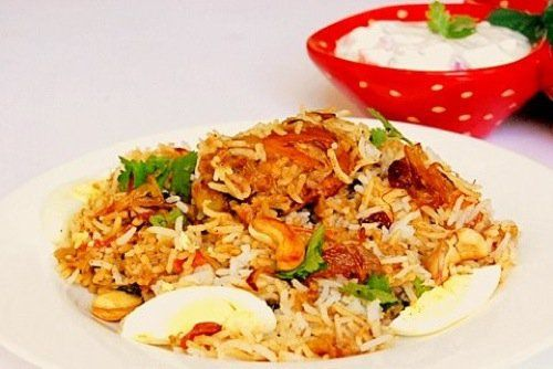 """If you are wondering why the word """"finally"""" is there in title, here it goes. There are 2 reasons. First, if I make a list of recipe requests I get from readers of MariasMenu, Chicken Biriyani easily tops that list. You might ask, what took me so long to post the recipe then. Usually, whenever …"""