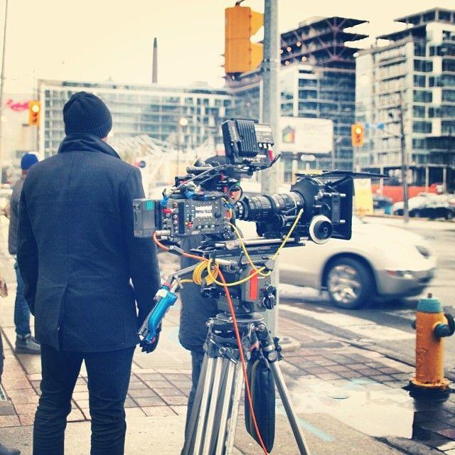 #onset #setlife #pretendwerekissing #toronto #sunrise #love #hug #hugitout #romance #nonromcom #romcom #cdnfilm #indiefilm #cntower #cdntalent #canada #film www.nonromcom.com