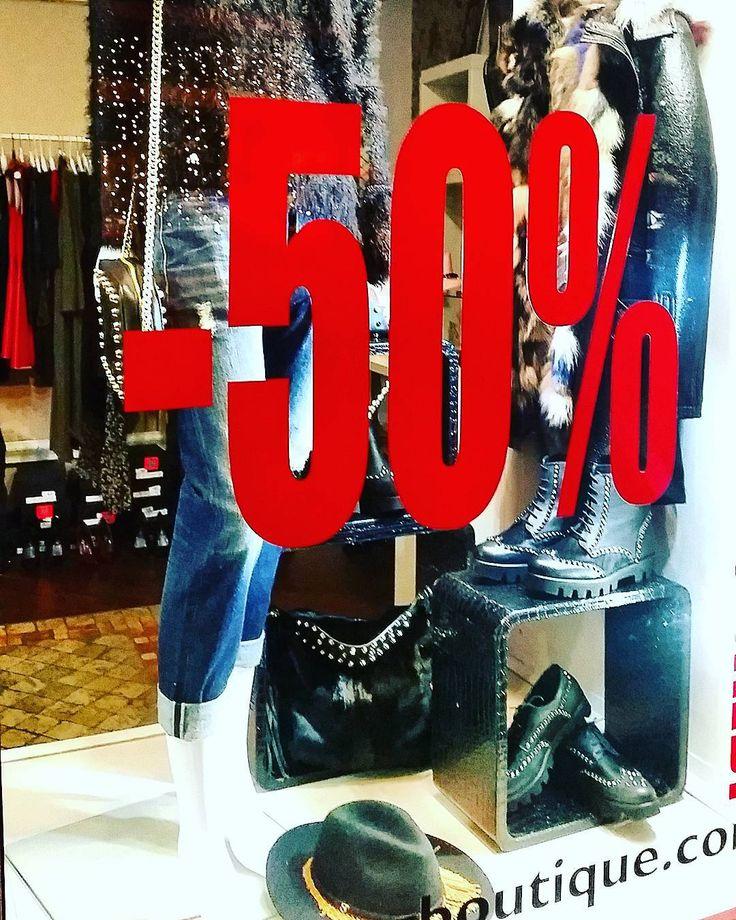 SALDISALE SALDI #shopping #-50%.#ANNAROCKMILANO #JEANS # CYCLE #SPEDIZIONEGRATUITA #contattateciwhat'up 349 / 4451132 Www.pegboutique.com