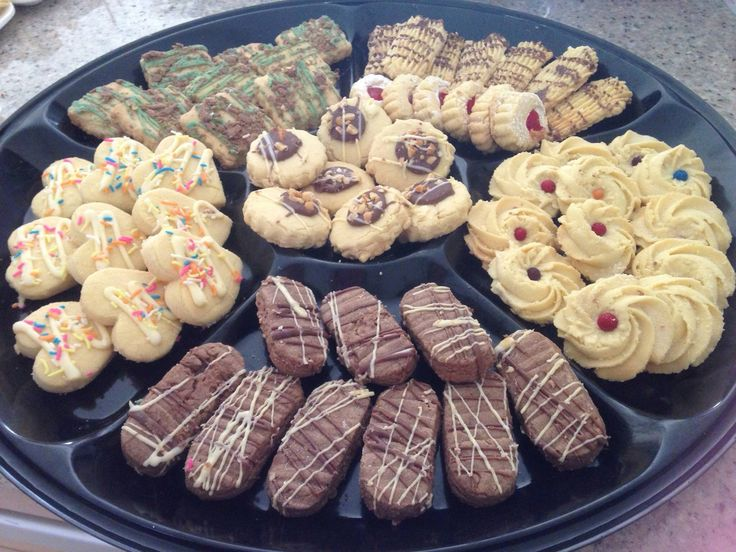 Assorted Royal Butter Biscuits in a 1kg Tin for R180.  Also available in Platters. Contact 0843083995 or Email: sjokandshizi@gmail.com