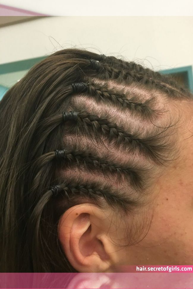 Corn Rows New In 2020 Braided Hairstyles Curly Hair Styles Hair Corn Rows New In 2020 Em 2020 Penteados Com Tranca Cabelo Com Tranca Cabelo Entrancado