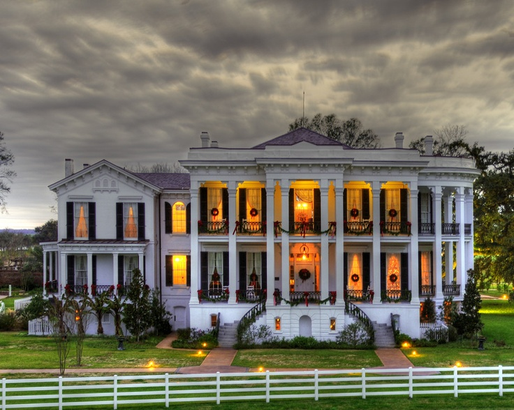 420 best images about plantation homes and more on for Civil war plantation homes for sale