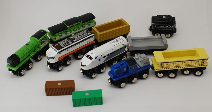 Wooden Train LOT Engine Cars Caboose Freight Circo 11 ...