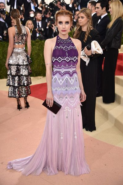 """Emma Roberts attends the """"Manus x Machina: Fashion In An Age Of Technology"""" Costume Institute Gala at Metropolitan Museum of Art on May 2, 2016 in New York City."""