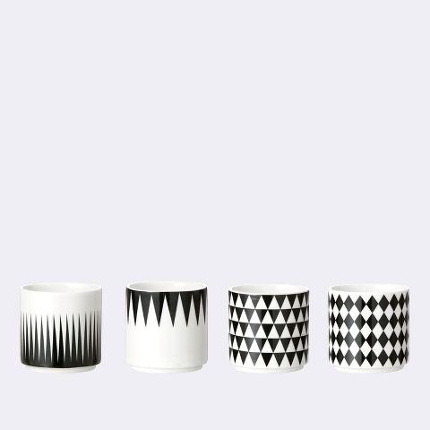 lots de quatre tasses motif géométrique noires