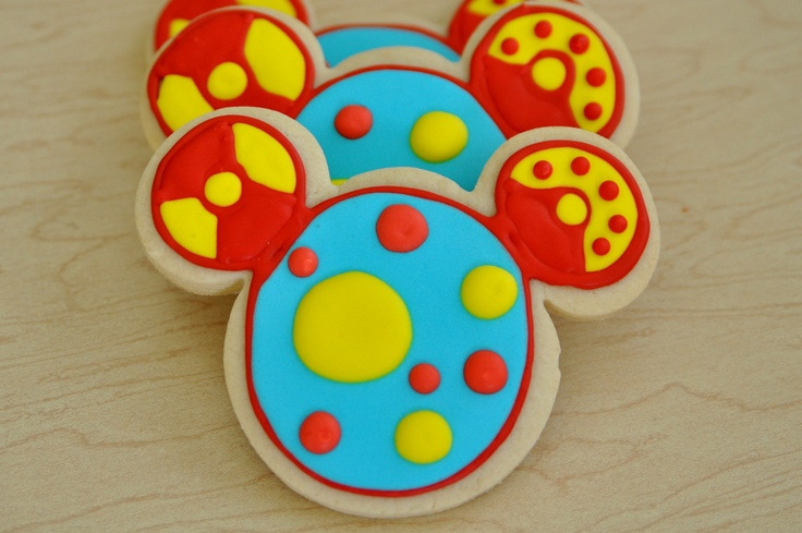 Toodles Cookies - LOVE this!  Who makes fancy cookies?!?
