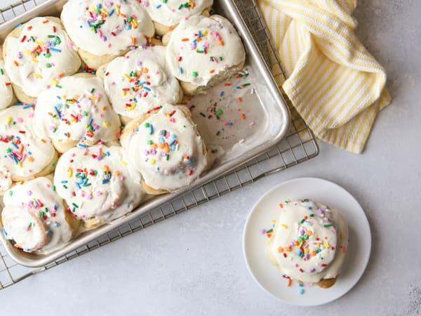Cake Mix 10 Different Ways