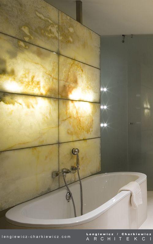 Wnętrza luksusowej rezydencji w Konstancinie. Łazienka. #barthroom Projekt i realizacja: lengiewicz-charkiewicz.com (foto Hanna Długosz)