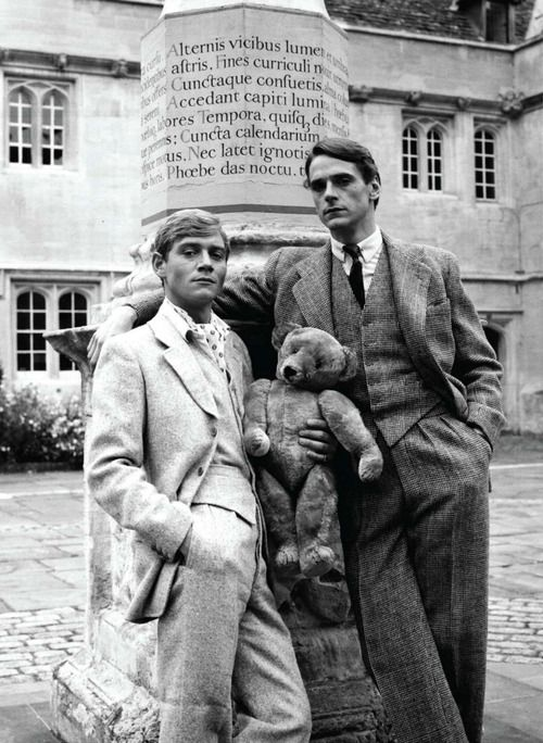 Jeremy Irons  e Anthony Andrews in Ritorno a Brideshead (Brideshead Revisited)1981,serie televisiva