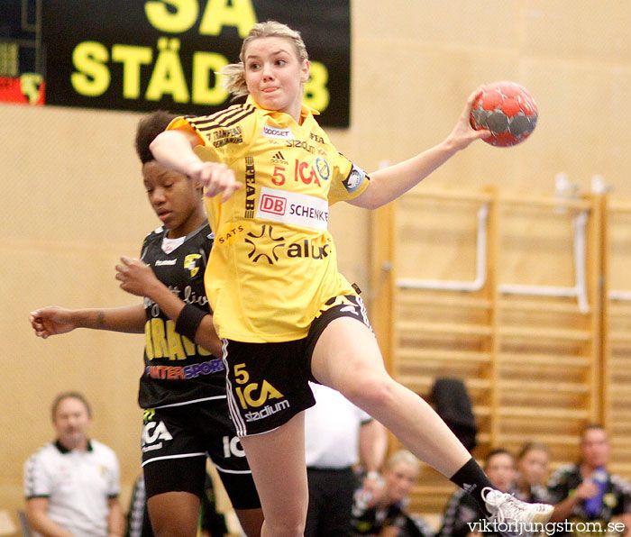 Hanna Fogelström i Kärra HF-IK Sävehof 19-32 ▼29Oct2010LjungströmPhotography http://www.viktorljungstrom.se/bild/31238/person/Hanna%20Fogelstr%C3%B6m #Hanna_Fogelstrom #handball