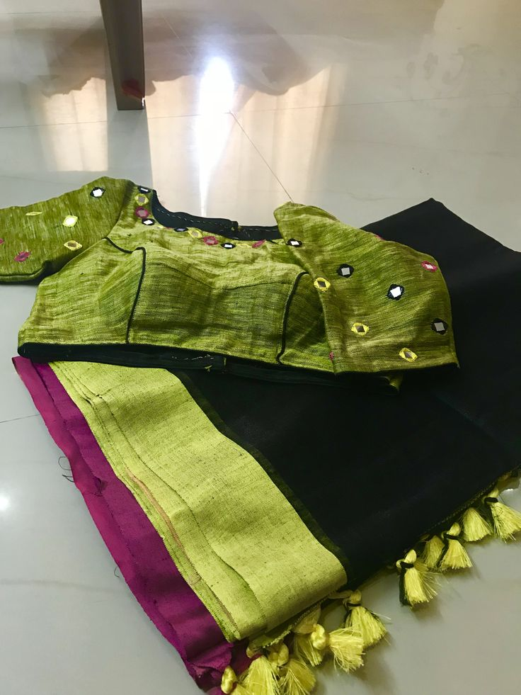 Beautiful lenin Saree with stitched blouse and mirror Work Blouse size 32,36,38 Available Ph.9849114333