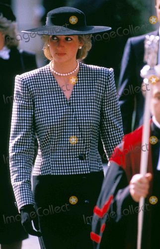 Princess Diana+ suit with matching hat