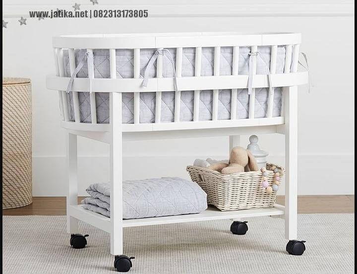 harga dari Tempat Tidur Bayi Roda Dorongini kami bandrol dengan hargaRp 2.600.000 itu belum termasuk dengan ongkos kirim,