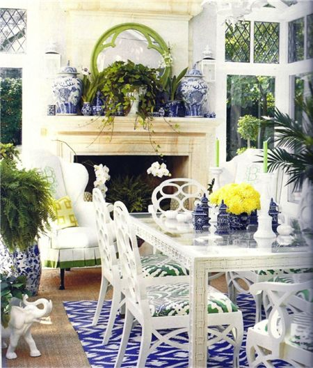 blue and white colorway: Dining Rooms, Interior, Diningroom, Chinoiserie Chic, Sun Room, Blue And White, Sunroom