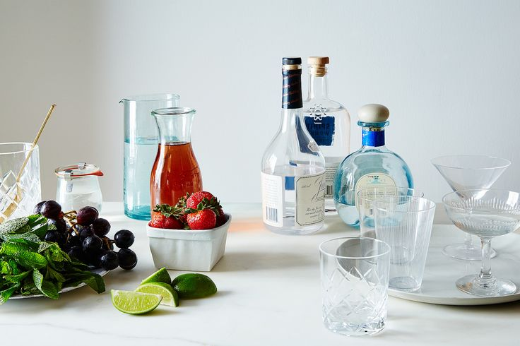 How to Make 5 Rosé Cocktails from 10 Ingredients