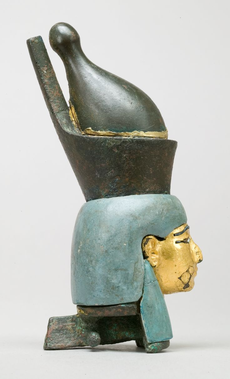 Attachment_in_the_form_of_the_head_of_a_goddess_wearing_the_double_crown_MET_26.7.1427_rp.jpg (1214×2000)