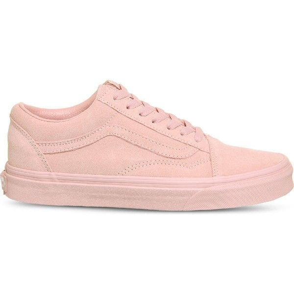 Vans Old Skool low-top suede trainers (£50) ❤ liked on Polyvore featuring shoes, sneakers, suede trainers, suede sneakers, skate shoes, low top skate shoes and suede skate shoes