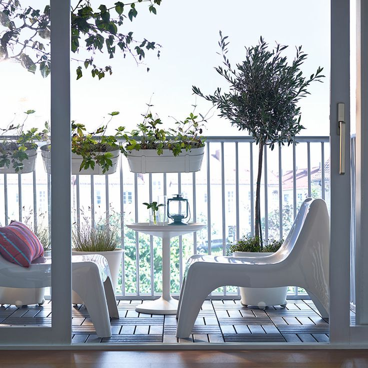 Outdoor Specialty Balcony Decorating a small outdoor space presents many challenges. The furniture is often too big, too traditional, and too expensive. That's where your favorite ...