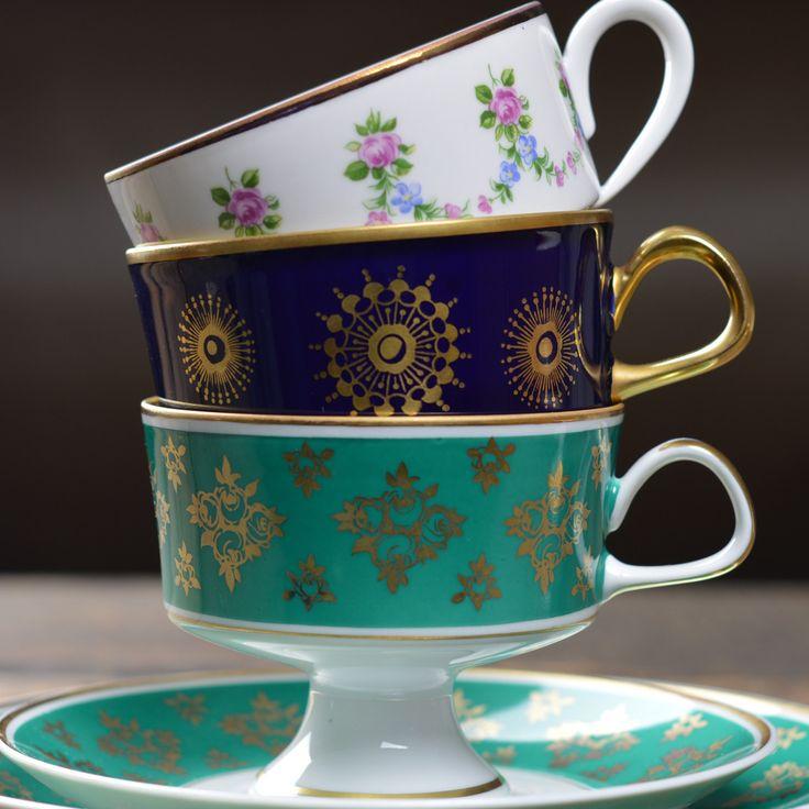 1960's  Lichte Cobalt 'Snowflake' Tea Cup Trio
