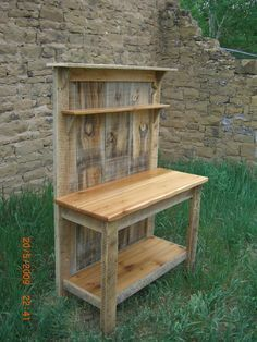 Barnwood & Cedar Potting Bank #barnwood #cedar #Potting