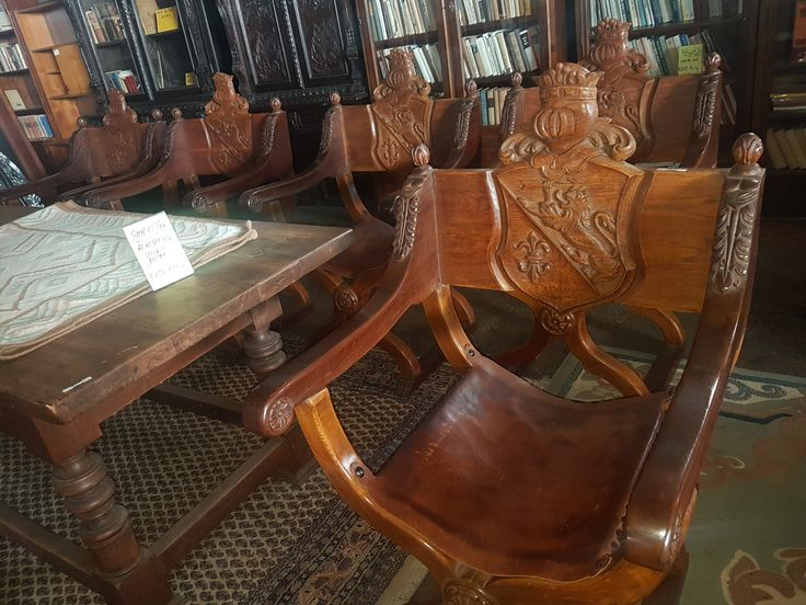 Antique Möbel zu verkaufen