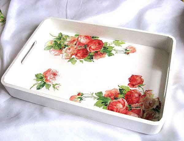 #Tavă #design #trandafiri #roşii şi #roz, tava #lemn #natur #servire masă /  #Tray design with #red and #pink #roses, tray #serving #table #made from #natural #wood / #빨간색과 #분홍색 #장미와 #트레이 #디자인, #천연 #나무로 #만든 #트레이 #서빙 #테이블 http://handmade.luxdesign28.ro/produs/tava-design-trandafiri-rosii-si-roz-tava-lemn-natur-servire-masa-26204/
