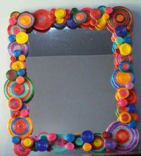 Espejos decorados con distintos materiales reciclados