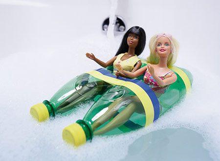 Brinquedos com materiais reciclados - Barco para brincar na banheira ou piscina com a boneca estilo Barbie | ARTESANATO COM QUIANE - Paps,Moldes,E.V.A,Feltro,Costuras,Fofuchas 3D