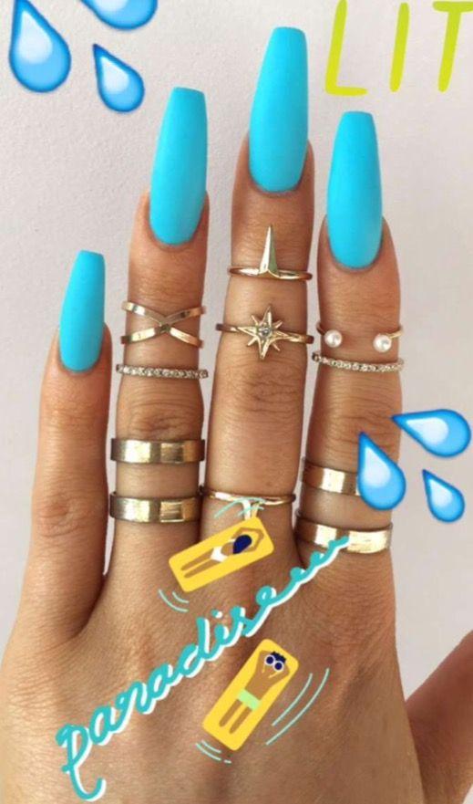 thequeensamm nails