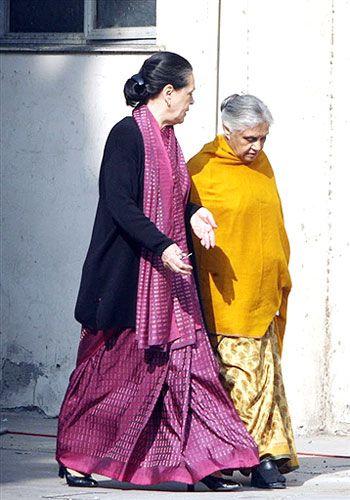 sonia gandhi saree pics - Google Search