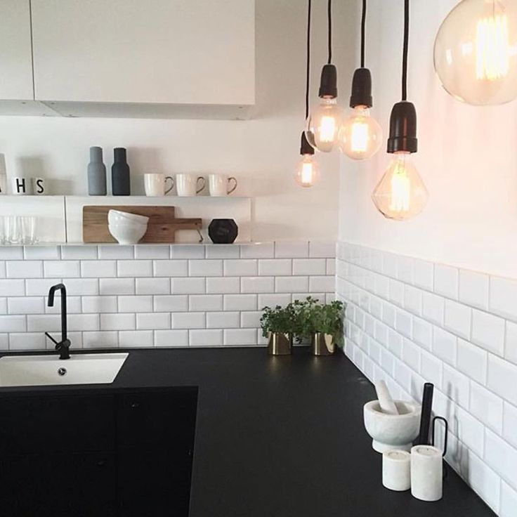 "419 synes godt om, 5 kommentarer – @blackwhite.interior på Instagram: ""• Kitchen details • Credit: @bjerkan.interior ✨ #details #decor #kitchendesign #kitcheninspo…"""