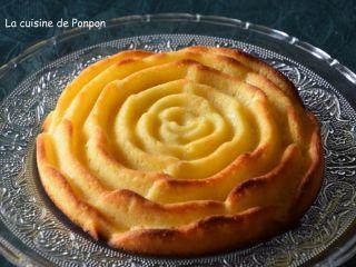 Gâteau au lait concentré sucré parfumé au citron - Recette Ptitchef