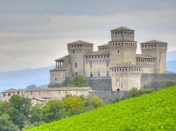 Castillo de Torrechiara (Italia)