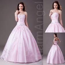 Výsledek obrázku pro šaty na ples