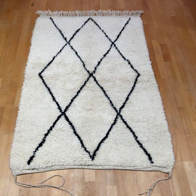 14981 Beni Ourain 150 x 100 cm Berber Teppich Marokko Weiß Schwarz