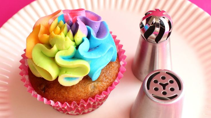 Russian Ball Piping Tips - Product demonstration & tutorial - Assorted t...