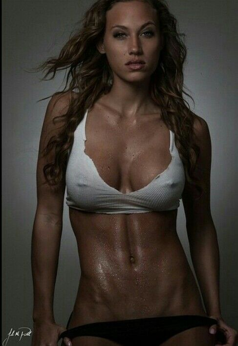 Fit Female Muscle