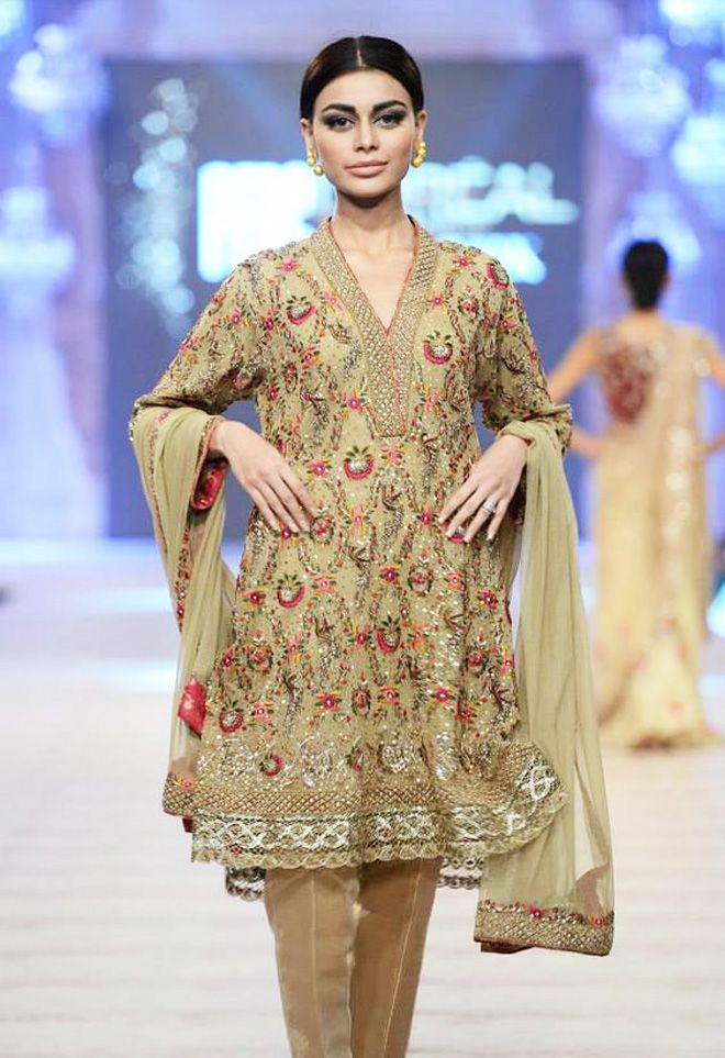 Latest Designs Pakistani Fashion Short Frocks With Capris