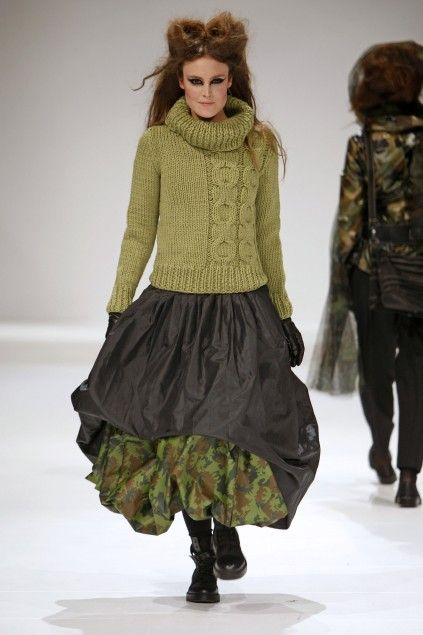 grundahl - cabled sweater. poofy layered skirts, can a crinoline or hoops be far behind? I love them.