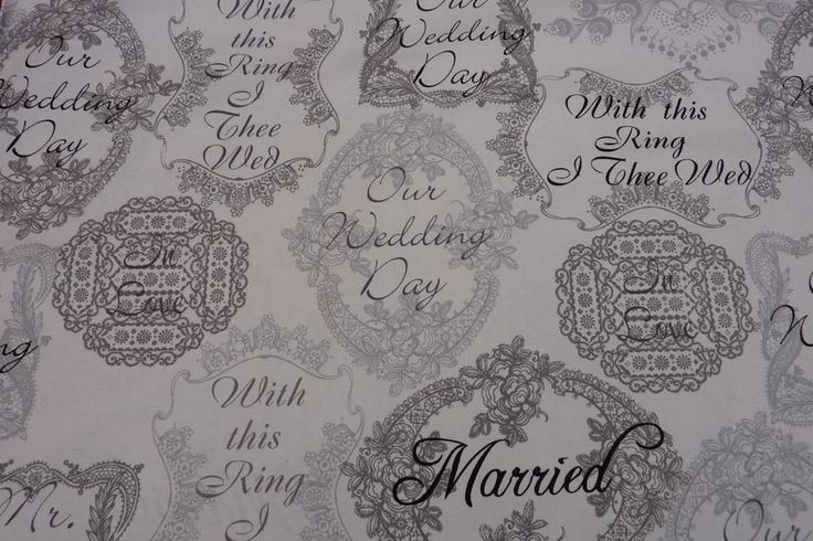 *Hochwertiger Designerstoff aus Amerika    Hersteller: Michael Miller  Thema: Hochzeit / Wedding    Mr. & Mrs.    Hauptfarben sind: schwarz, weiß und